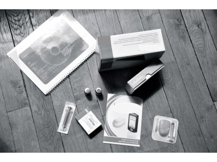 Pod à autoinjecter, manuel d'utilisateur et solution à reconstituer, dispositif à renouveler tous les 3 jours (en théorie)